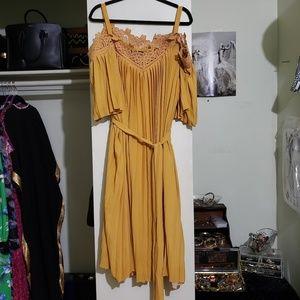 Eloquii Dresses - Eloquii Yellow Cold Shoulder Pleated Dress (26)